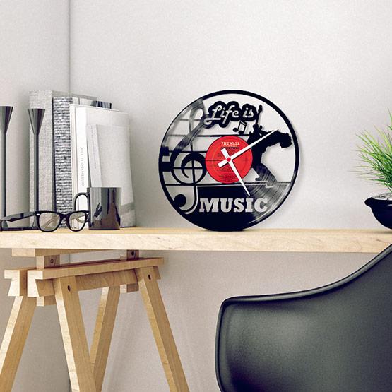 Nástěnné vinylové hodiny